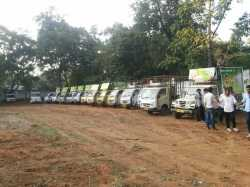 led vans on hire for Road Show Help line - 09654976587
