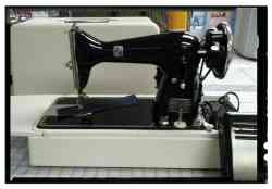 VINTAGE Montgomery Wards Sewing Machine