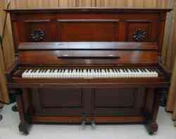 Otto 1905 Upright Piano