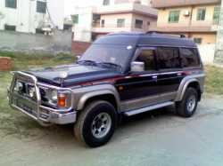 nissan saffari 3000cc........good condition